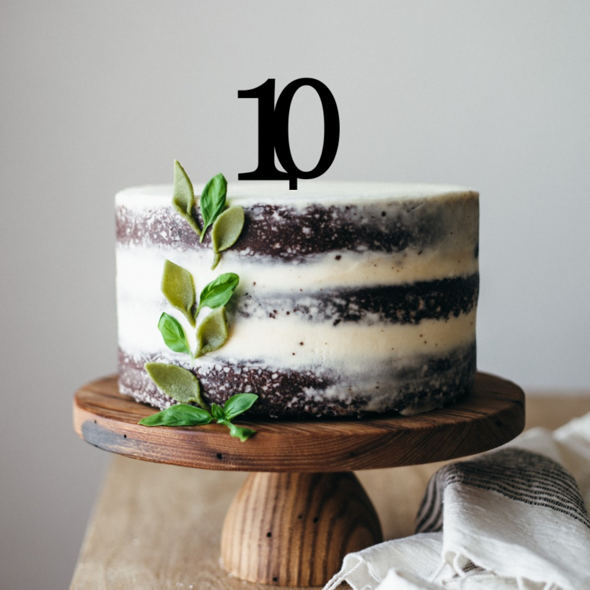Quick Creations Cake Topper - 10